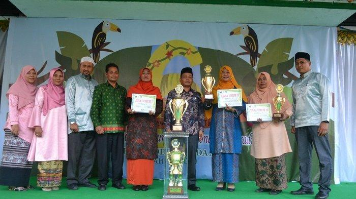 Min 6 Model Banda Aceh Juara Umum Marssal Ke 6 Artikel Ini Telah Tayang Di Serambinews Com Dengan Judul Min 6 Model Banda Aceh Juara Umum Marssal Ke 6 Min 6 Model Banda Aceh